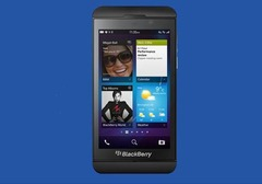 Which latest smartphone BlackBerry has officially launched in India  for Rs 43,499 on 25 Feb 2013?