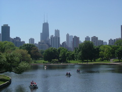 Which is the largest Park in Chicago?